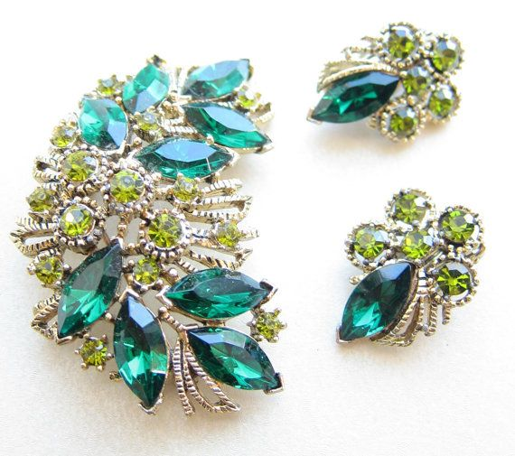 16 best rhinestone brooches images on pinterest brooch for Mustard colored costume jewelry