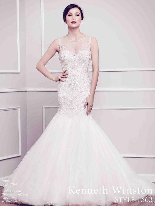 Sellő fazonú esküvői ruha a nőies formák kihangsúlyozására! #kennethwinston #weddingdress #eskuvoiruha