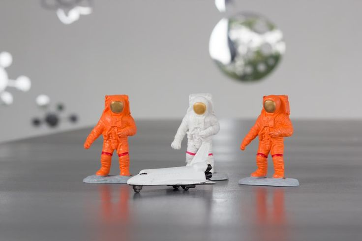 View our new Space champagne & caviar - rooftop bar #pinboard @Pinterest https://www.pinterest.com/luna2cosmic/space-champagne-caviar-rooftop-bar-at-luna2-studio/… @Luna2life #Luna2
