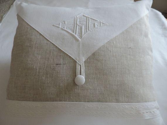 coussin rectangulaire en drap ancien et lin naturel avec. Black Bedroom Furniture Sets. Home Design Ideas