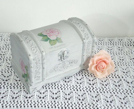 Hand Decorated Shabby Сhic Jewelry Trinkets Box by JoliefleurDeco