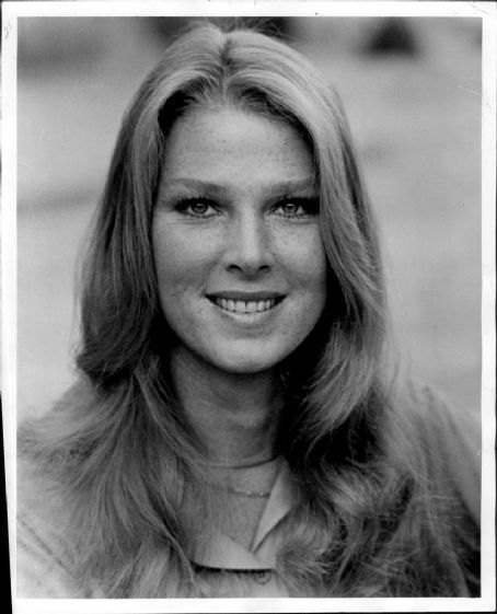 Mariette Hartley - FamousFix | They've got the look ...