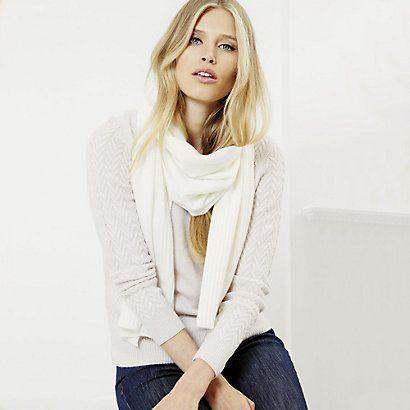 Cashmere Knitted Scarf   The White Company #whitechristmaswishlist