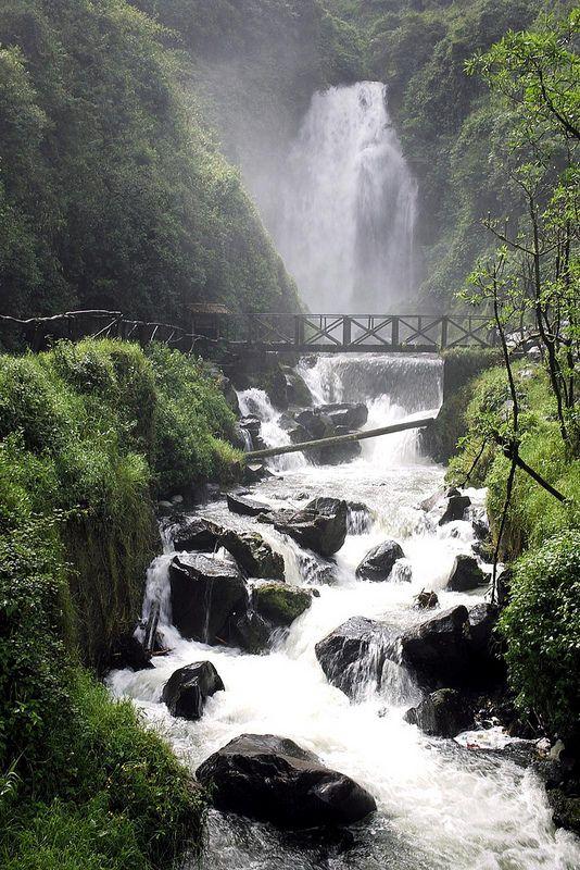 bridge, cascadas de peguche, ecuador | travel destinations in south america + architecture #adventure