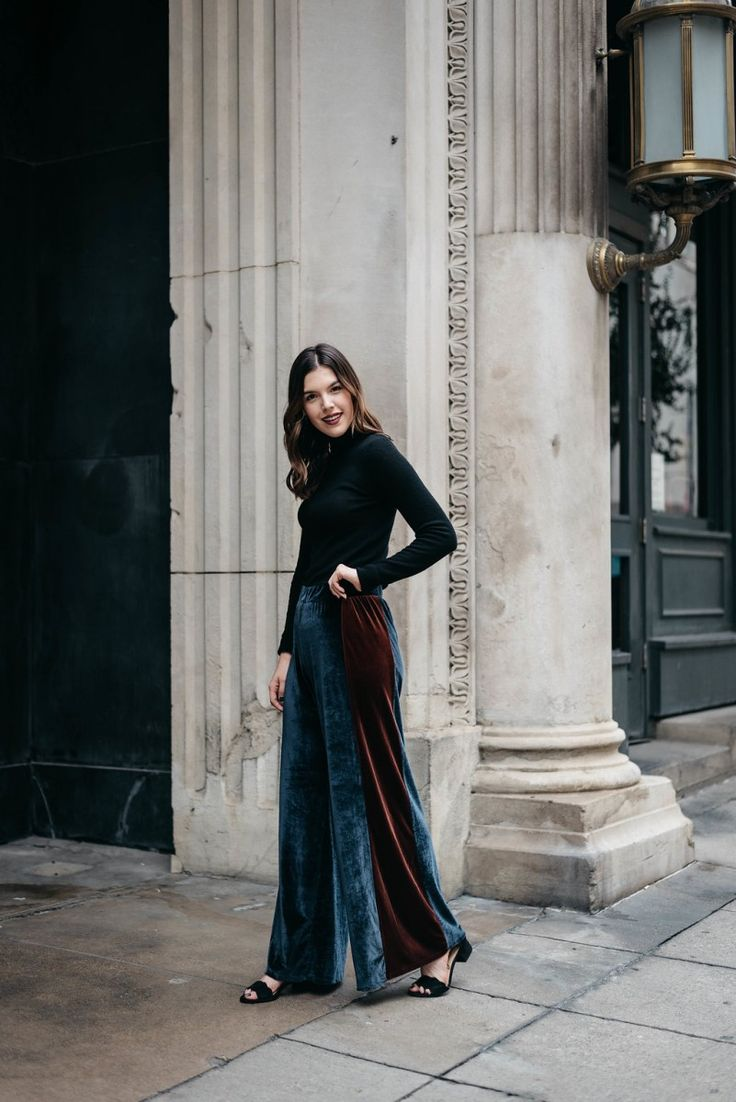Style blogger Ashley of Never Without Lipstick wears wide leg velvet pants and a cashmere turtleneck outfit | office holiday outfit, casual holiday party outfit, office holiday party outfit, wide leg velvet pants, turtleneck outfit, casual office holiday party outfit, winter outfit