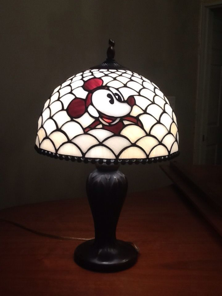 mickey tiffani tiffany lamps pinterest mickey minnie. Black Bedroom Furniture Sets. Home Design Ideas