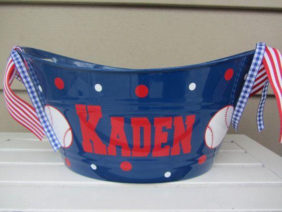 25 Best Ideas About Baseball Gift Basket On Pinterest