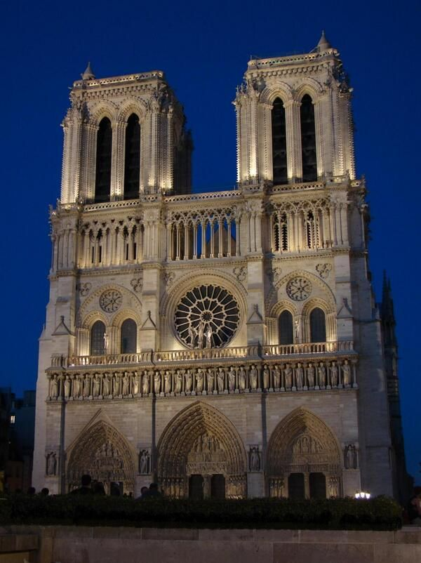 Les 103 meilleures images propos de monuments la loupe for L architecture gothique