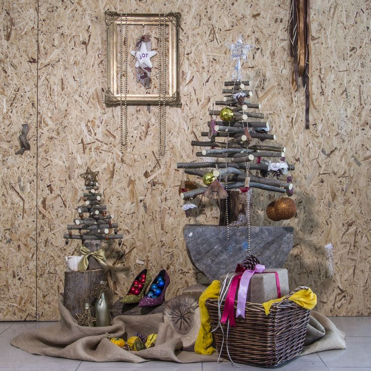 Christmas decoration exclusively made with wood on our website thecreativehut.gr