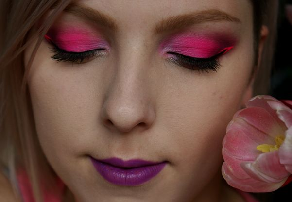 Dnešní Makeup: Sharp Neon Pink