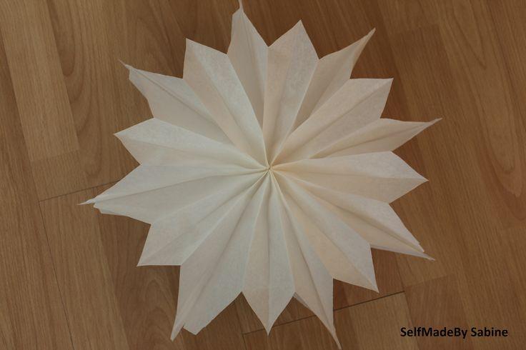 SelfMadeby Sabine: Schneller Stern aus Brottüten