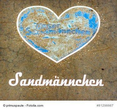 """Das Sandmännchen in Ost und West - Drei Generationen zu Bett gebracht: das Sandmännchen  """"Sandmann, lieber Sandmann, es ist noch nicht soweit!"""" Fast jedem dürfte die berühmte Instrumental-Einleitung mit dieser ersten Zeile des Sandmännchen-Liedes im Ohr klingen #sandmann #sandmännchen"""