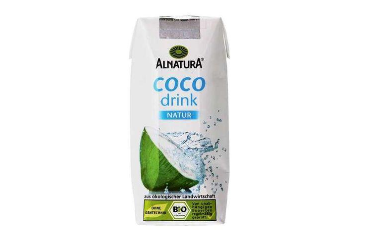 Zwischendurch trinke ich außer Wasser und Tee gerne mal Kokoswasser - hier im Test bei fit for fun - sportgetränk, isotonisch, gesund