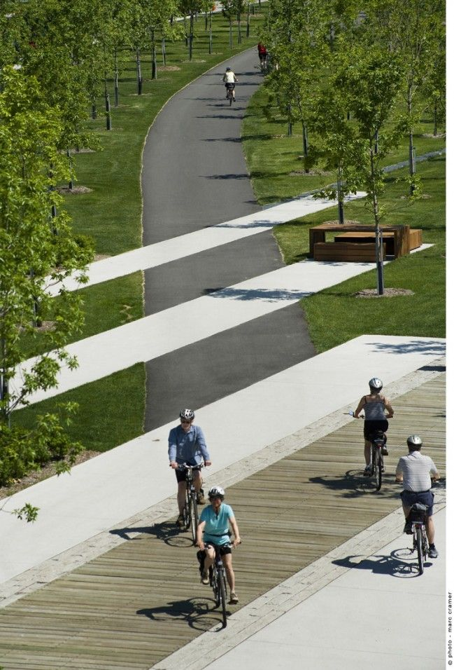 Promenade Samuel de Champlain Quebec - quite nice to connect across between skate park and opposite park