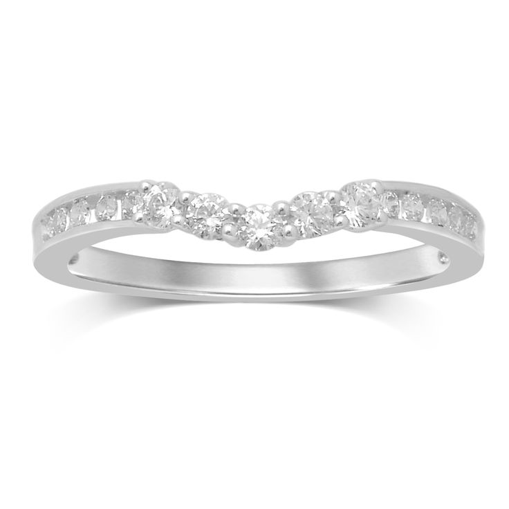 Match The Luxurious Look Of Her Engagement Ring With This Complementary Wedding Band Featuring Several Round