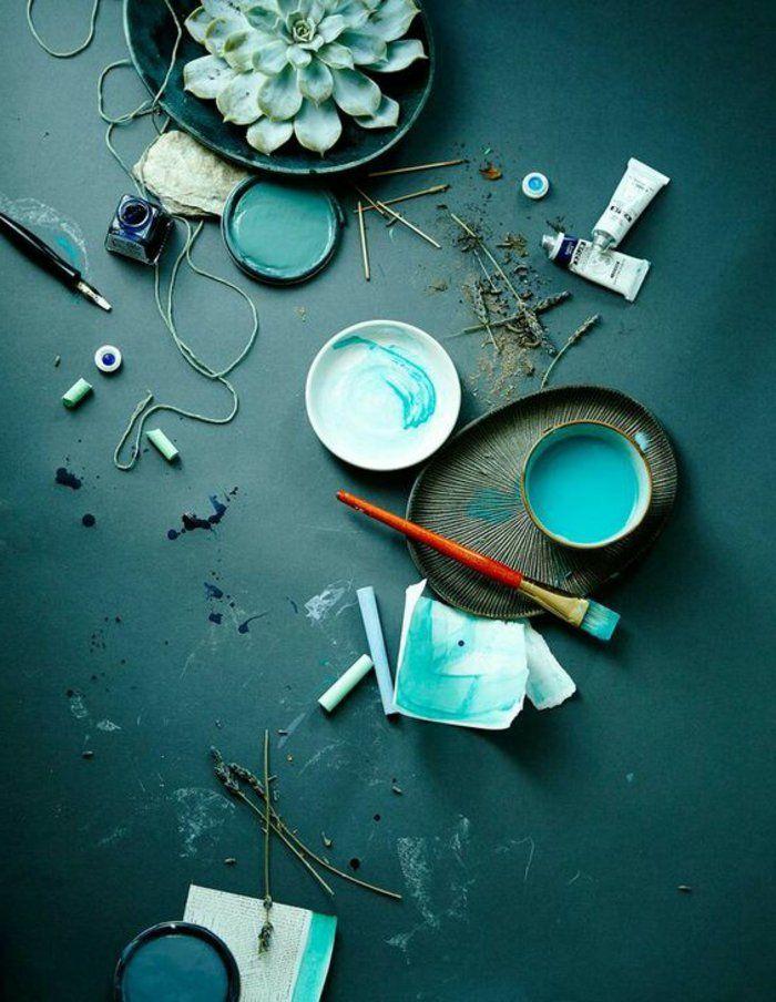 Les 25 meilleures id es de la cat gorie bleu canard sur for Peinture chambre bleu canard