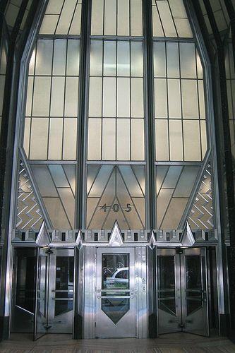 NYC: Chrysler Building - Entrance