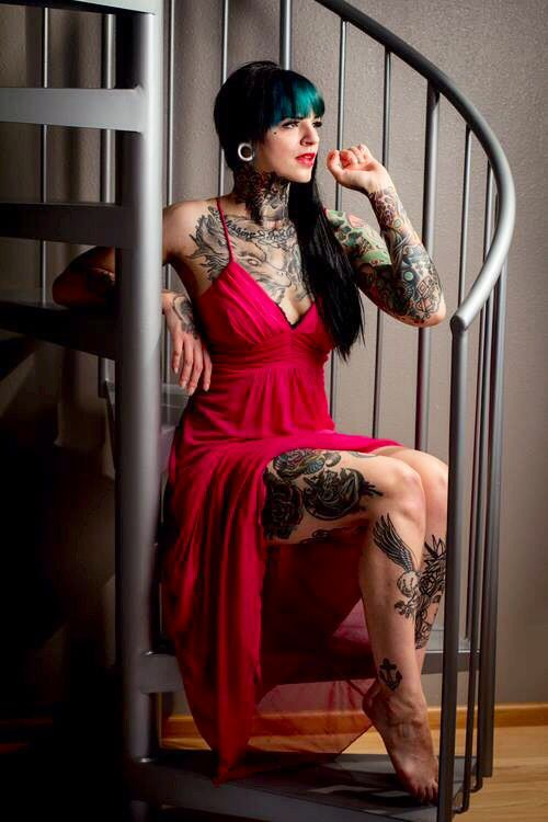 hot naked women with alot of tattoos