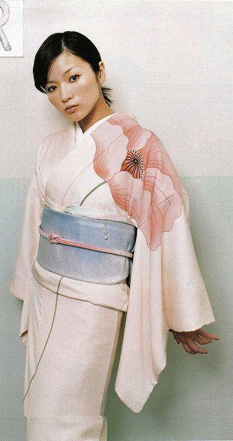 InRed FEB.2005 季節の着物あそび by himitsugirl, via Flickr