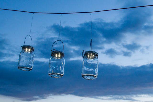 Ein Schweizer Garten: 1 Liter Sonnenlicht reicht für eine wunderbare Sommernacht!