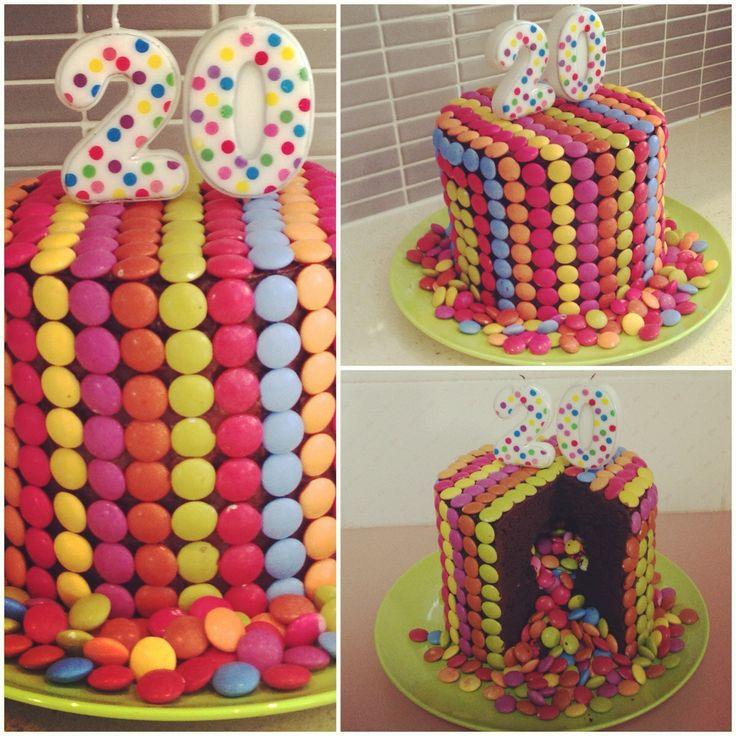 Rainbow Cake Artinya : Smarties Rainbow Cake My Cakes Pinterest Rainbow ...