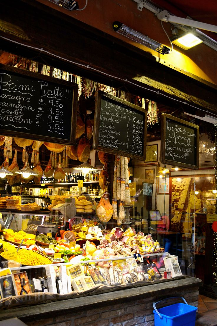 How to Eat (And Drink) Like a Local in Italy's Culinary ...