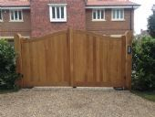 Metafence | Domestic Gate Automation | Wooden Gates
