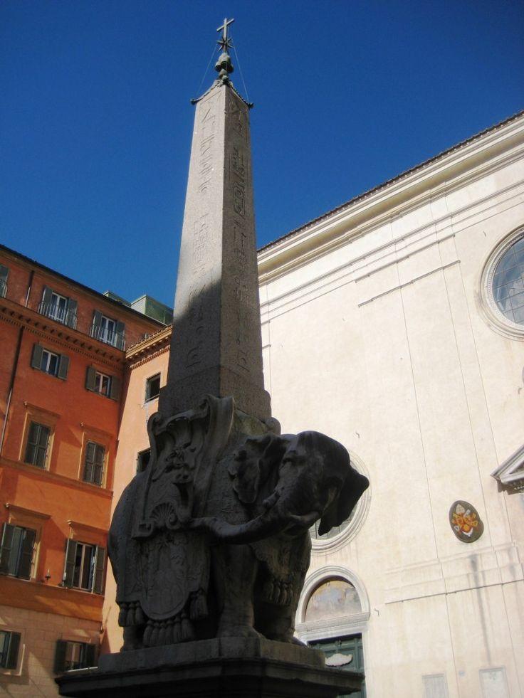 Roma, Piazza della Minerva