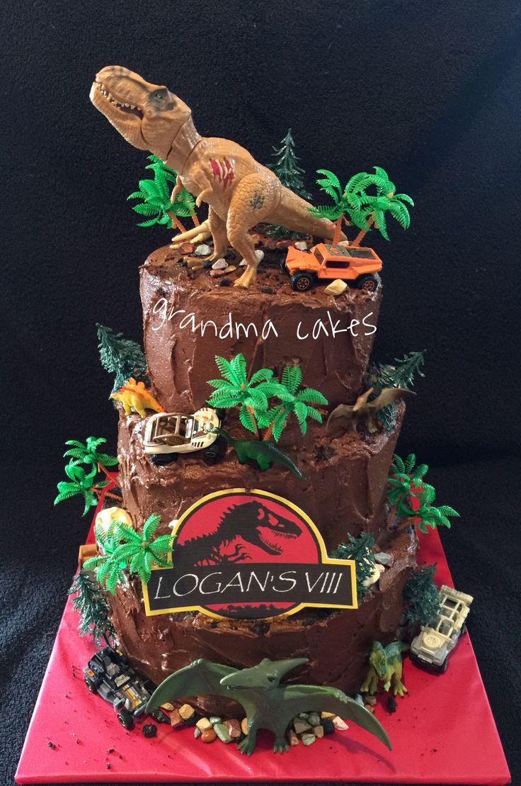 Torta de cumpleaños de jurassic world #torta #pasteles #dinosaurios