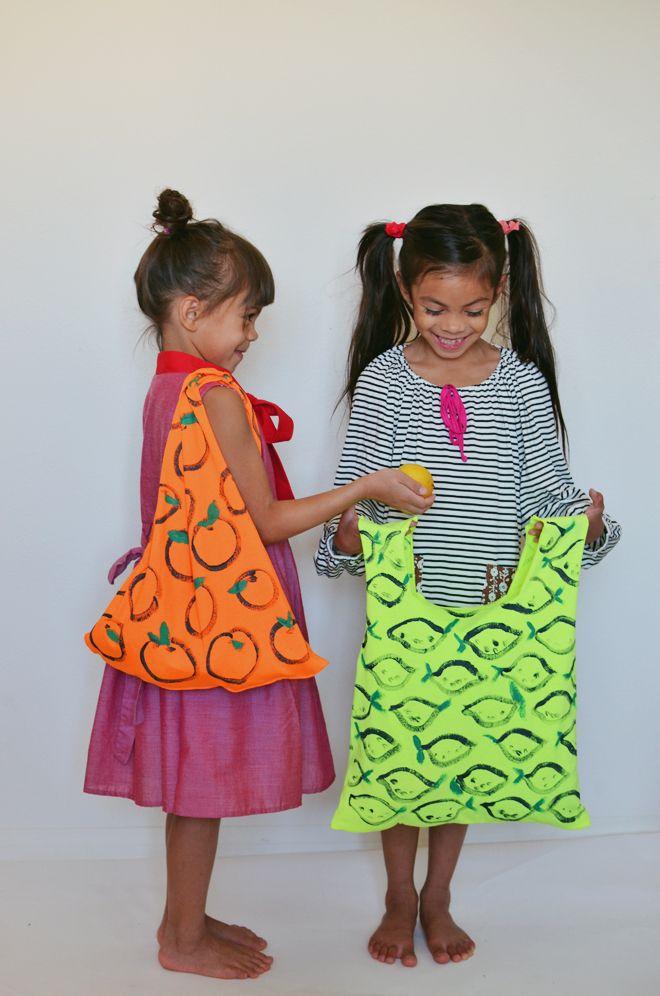 fabriquer un sac de courses à partir d'un t-shirt - t-shirt market bag