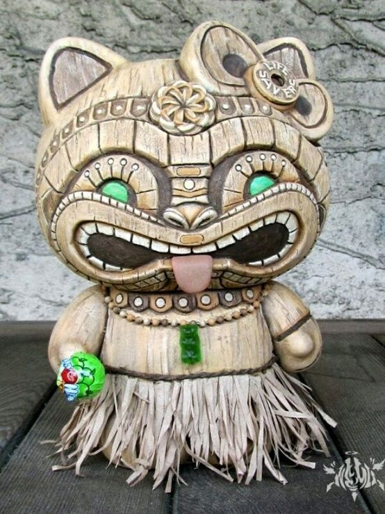 Hello Kitty Tiki
