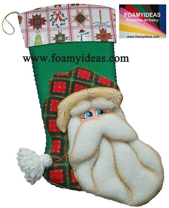 Santa Claus Boots. It would be nice to put such a beautiful boots over the fireplace, or to door isn`t it? Bota de Papá Noel. Sería bueno poner esta hermosa bota encima de chimenea o en la pared, o en la puerta de tu casa, no? Hecho de foamy (goma EVA). www.foamyideas.com foamyideas@gmail.com