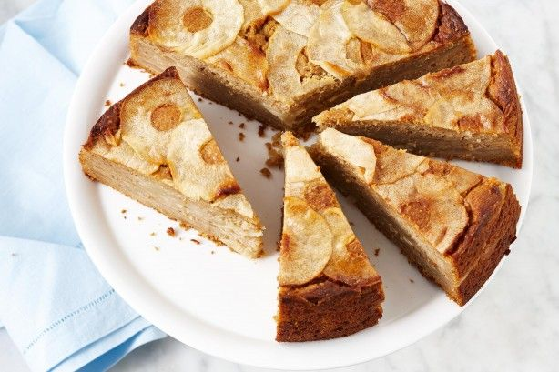 Dried figs lend sweetness to this sugar-free apple cake.