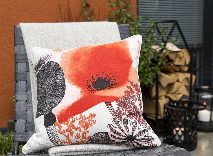 Valmu Cushion Cover