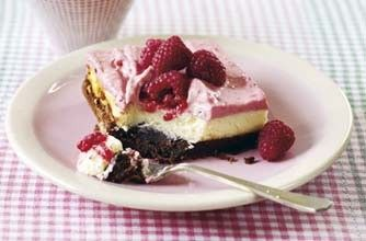 Raspberry Brownie cheesecake....I made this and it was easy and absolutely deliscious!!
