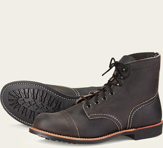 Jual beli Red Wing IRON RANGER 8086 Factory Seconds di Lapak Mic and Mel Redwing - gusti_racov. Menjual Boots - Red Wing IRON RANGER 8086 Factory Seconds LEATHER: CHARCOAL ROUGH & TOUGH LEATHER  Baru 1 kali saya coba bawakan yang 8086 kondisi barang bagus   Ukuran tersedia : 9.5D / 42.5 / 27.5cm  STYLE NO. 8086 : IRON RANGER The rugged 6-inch 8086 Iron Ranger features premium Charcoal Rough & Tough leather, dark gun metal eyelets and speed hooks, Goodyear welt constr...