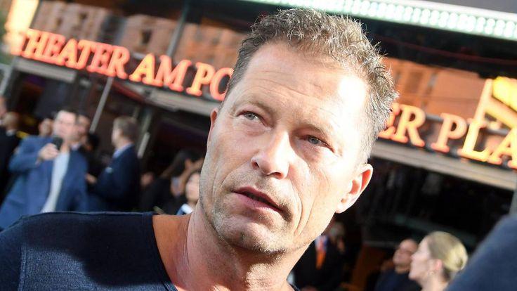 Neuigkeit:  http://ift.tt/2zYTunu Antrag auf einstweilige Verfügung: Wegen Facebook-Post: Til Schweiger muss vor Gericht #news