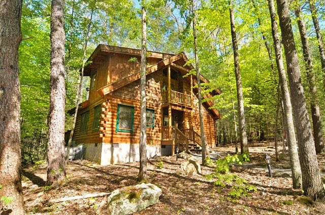 Great Smoky Mountains Tennessee Vacation Rental Cabins and Homes | American Mountain Rentals by Natural Retreats