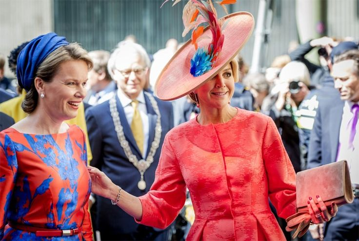 Koninginnen Mathilde en Máxima dragen bijpassende outfits - De Standaard: http://www.standaard.be/cnt/dmf20150521_01691800?_section=62072032
