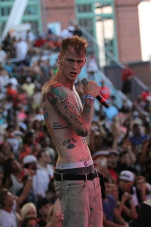 lace up mgk  | MGK 'LACE UP' Listening Party: Listen Before Release [AUDIO] | Z ...