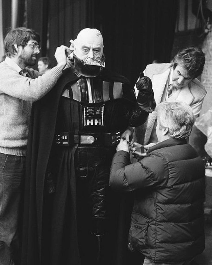 Sebastian Shaw getting ready on the set of 'Star Wars: Episode VI: Return of the Jedi' (1983) #darthvader