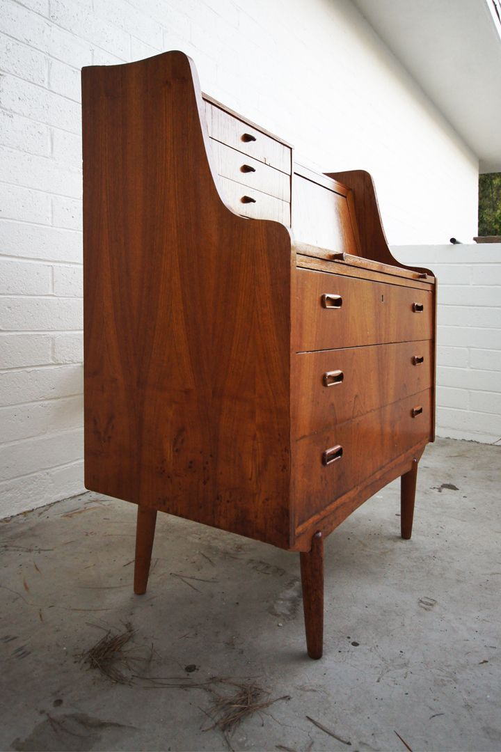 How to restore old vintage wood furniture
