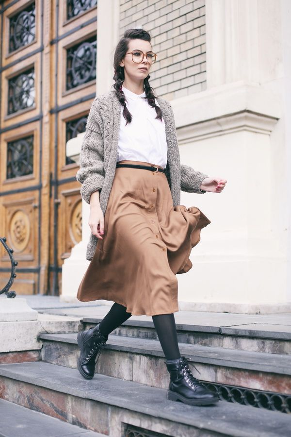 AFMF is a new brand crush I have; wearing a gray oversized sweater and a midi camel skirt!