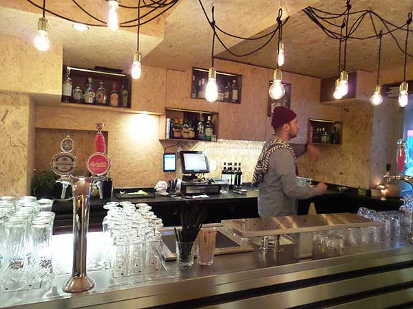 Bar Mash Amsterdam: Gerard Douplein hotspot De Pijp | bar | cafe | hipster