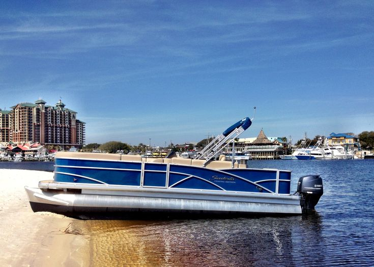 Pontoon boat rentals are the most popular type of boat rental in Destin. With plenty of comfortable seating for your family and friends, renting a pontoon boat can be the perfect addition to your Destin vacation. Cruise the bay, visit Crab Island, fish the grass flats, and more with a pontoon boat rental.