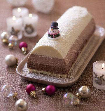 Bûche de Noël aux trois mousses au chocolat - Recettes de cuisine Ôdélices