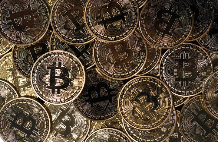 Bitcoin Prices Have Tripled in a Year and Just Hit a New All-Time High http://trib.al/6zijgHz