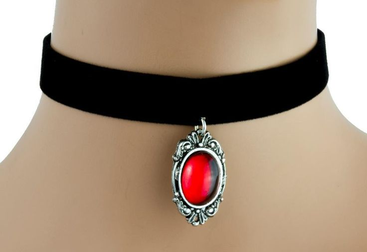 Red Stone Gothic Victorian Velvet Choker Necklace Alternative Jewelry  #witchygirl #metalgirl #gothicgirl #punkrock #rivethead #horrorpunk #witchgirl #cybergoth #punksofinstagram #rock