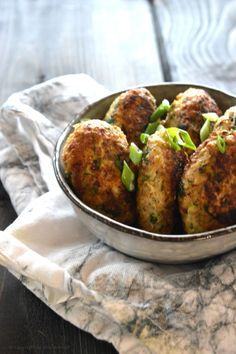 Smagfulde kyllingefrikadeller