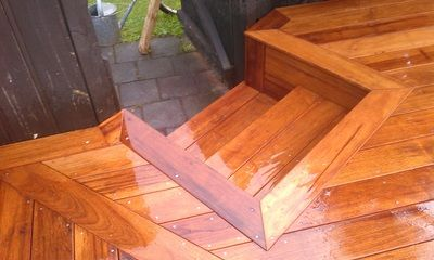 Kwila Wideboard decking (140mm x 19) steps and deck.